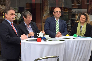 Mike Groschek, Barbara Hendricks, Apostolos Tsalastras und Sabine Lauxen in Sterkrade.